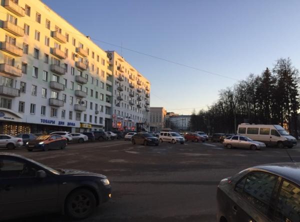 площадь Горького